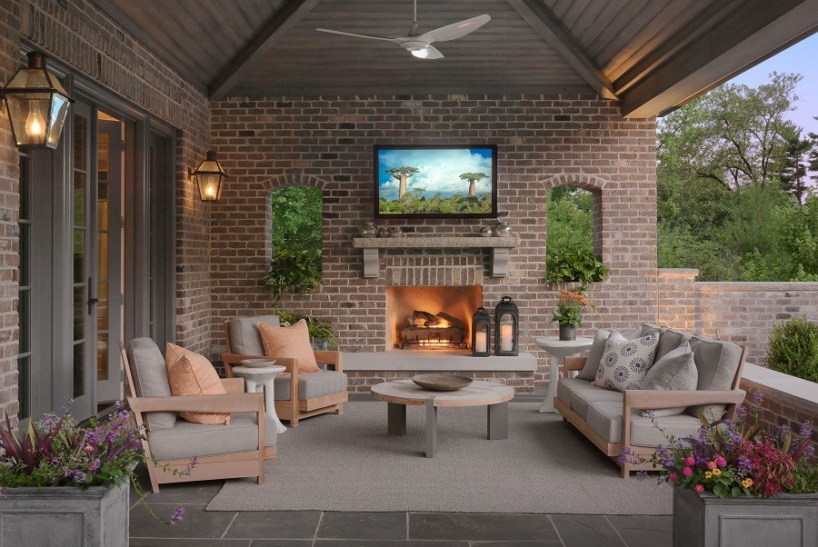 Bring the Fun Outdoors with Top-Notch AV Solutions