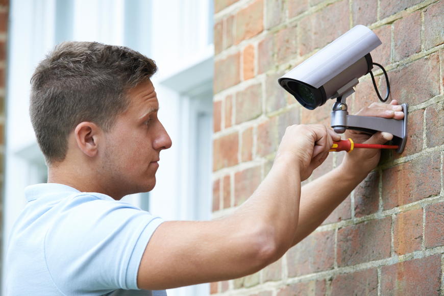 Monitored Security vs. Home Surveillance: Advantages of Each