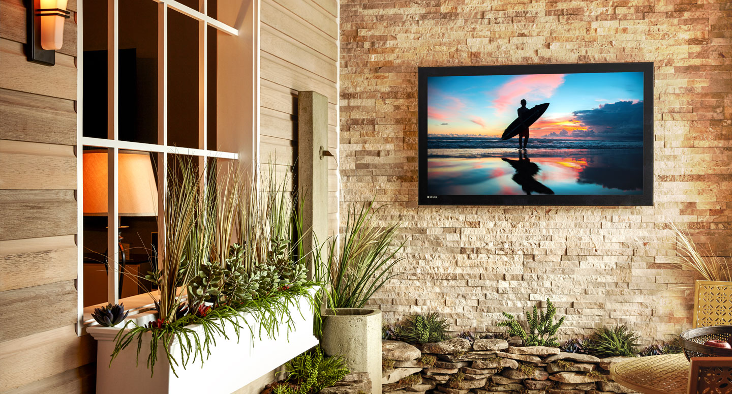 Outdoor Audio Video Spotlight: Seura's Storm Ultra Bright TV